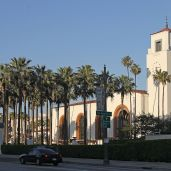 32-LA-station